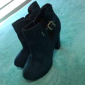 Turquoise By Guess Booties